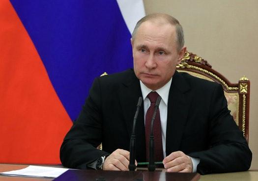 UK's Johnson Likens Putin's 2018 World Cup To Hitler's 1936 Olympics
